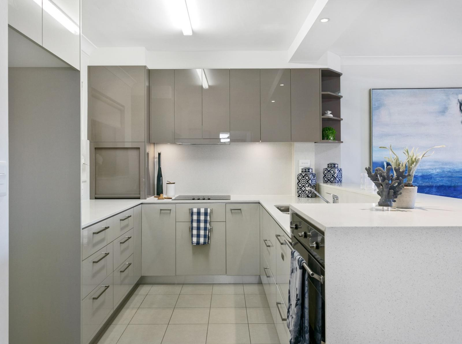 052 Open2view ID648279 33 Bernard Road Padstow Heights